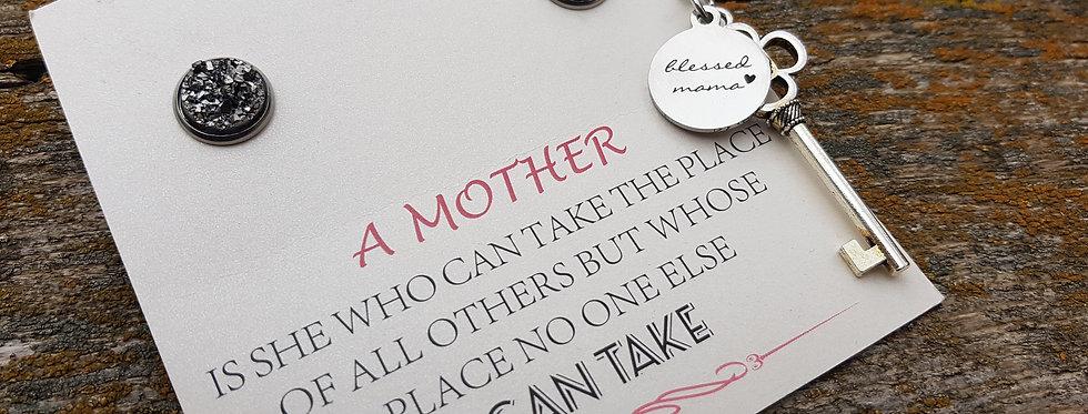 Blessed mama key necklace set
