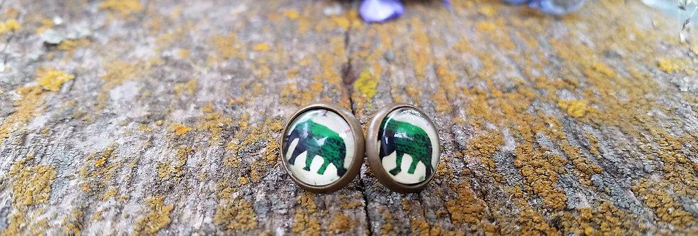 10mm elephant studs