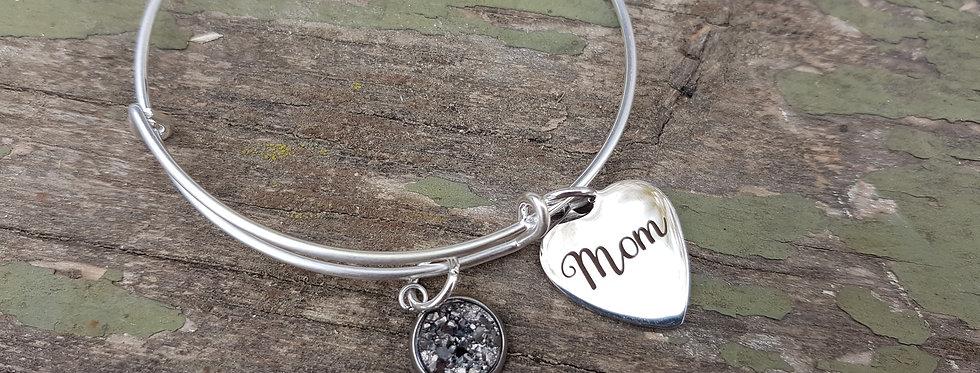 'Mom' bangle