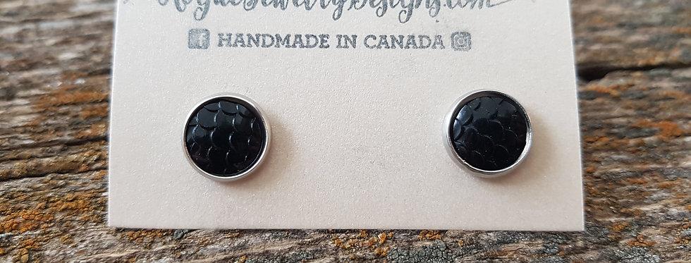 10mm black scale studs