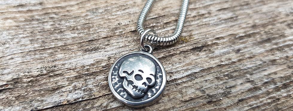 Skelton necklace