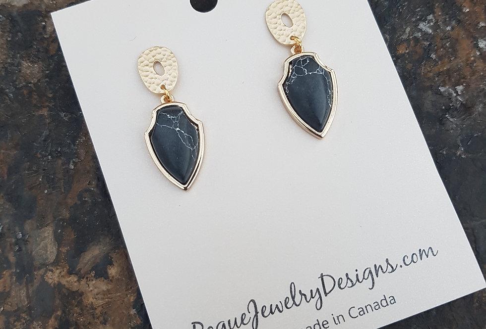 Dacria Earrings
