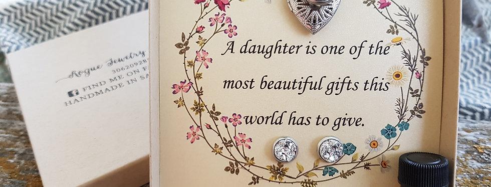 Daughter set