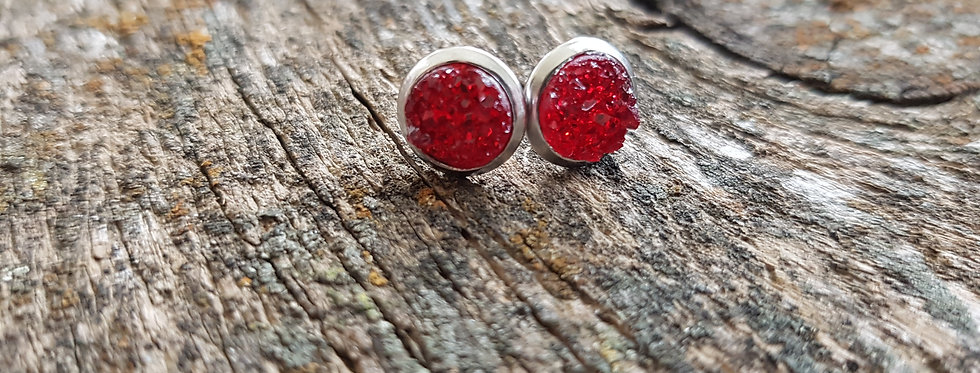 8mm Christmas red druzy studs