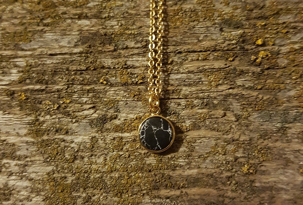 Black howlite necklace