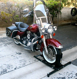 70271 Motorcycle Wheel Chock and Stand Photo D.JPG