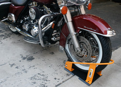 70075 Motorcycle Wheel Chock Action B.JPG