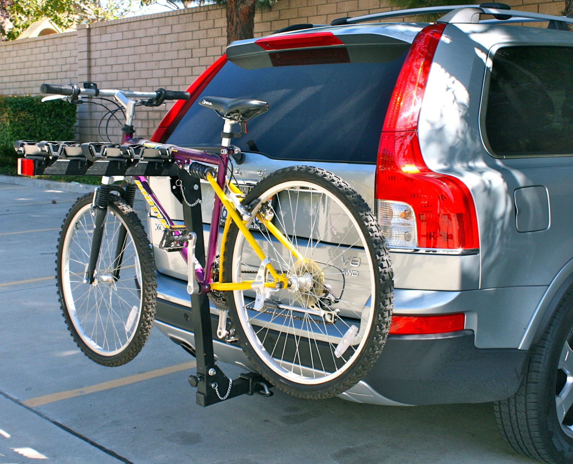 70210 4-Bike Rack Photo A.jpg