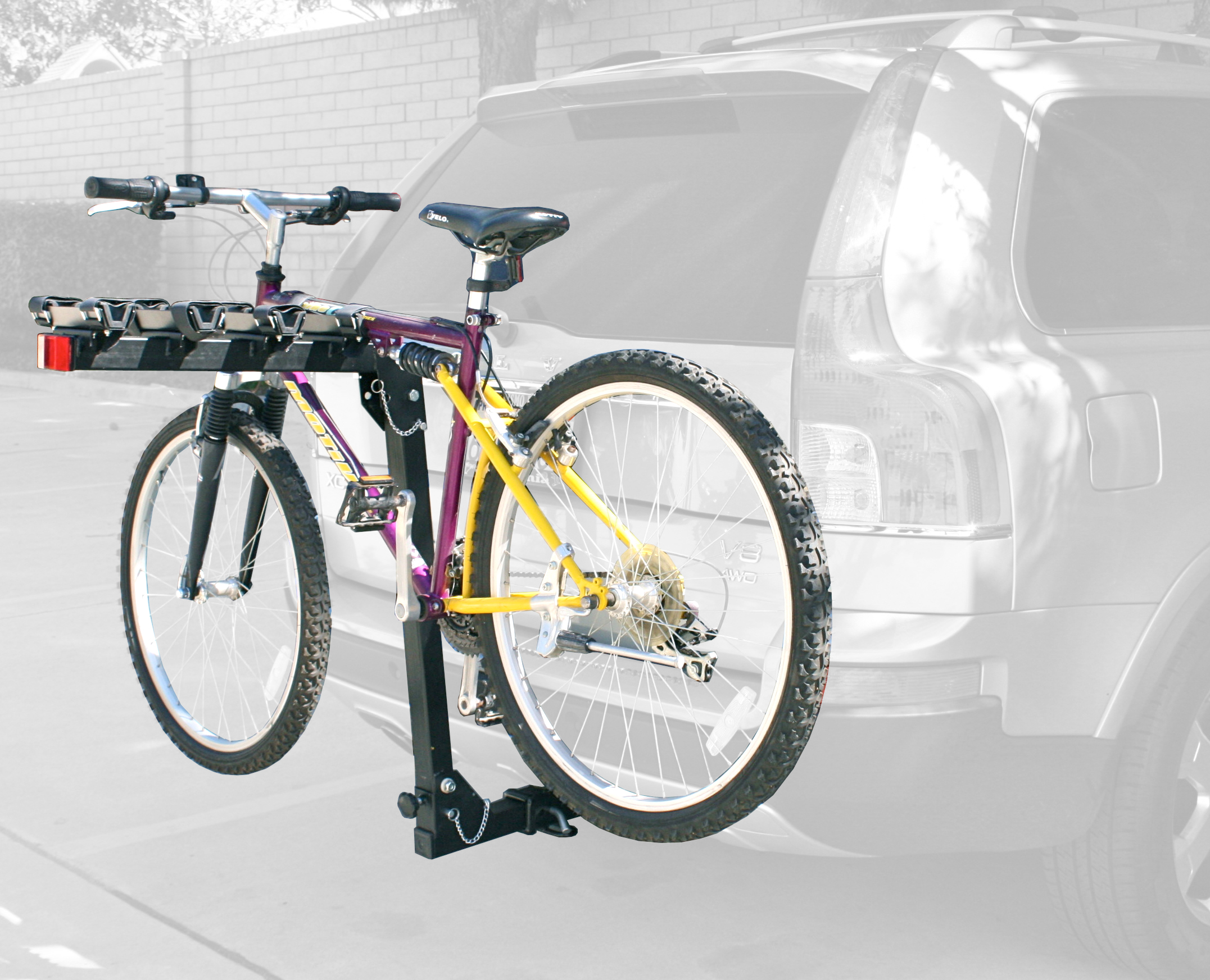 70201 4-Bike Rack Photo Main.jpg
