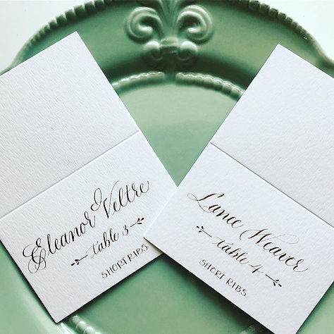 Rehearsal dinner place cards and table n