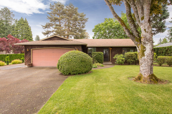 1340 N Juniper St Canby OR-large-002-1-F