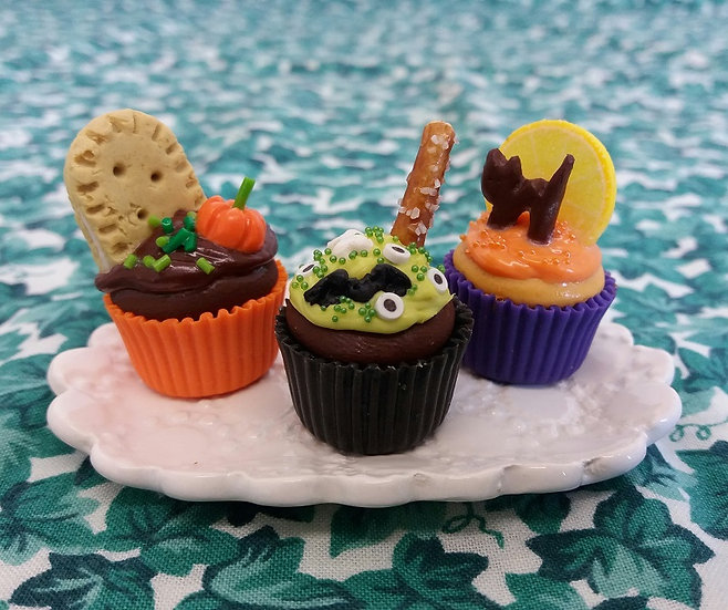 Halloween Cupcake (One)