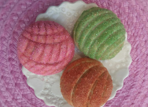 Conchas - Mexican Sweet Buns