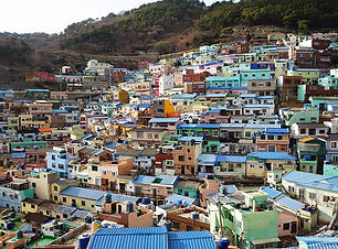 Gamcheon_Colored_Houses,_Busan,_Korea.jp
