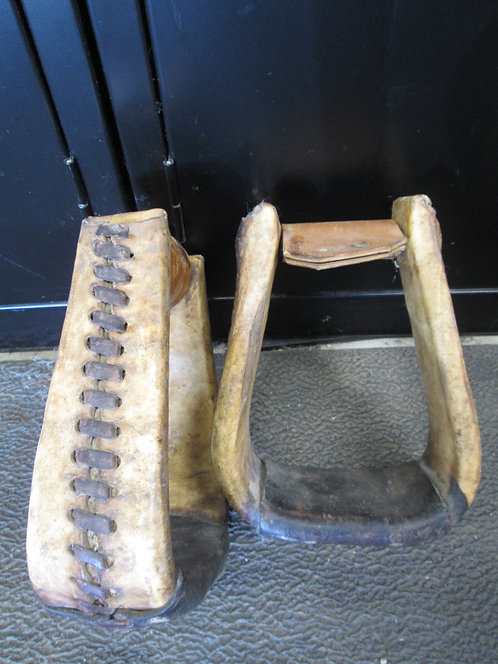 Used Roping Style Heavy Duty Stirrups