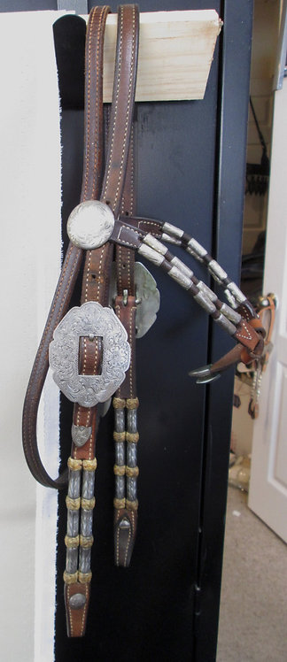 Broken Horn Futurity knott headstall
