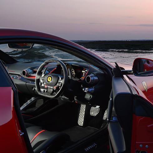 Ferrari 812 Superfast - Autovivendi Supercar Club