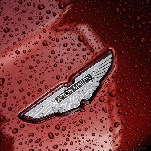 Aston Martin V12 Vantage Volante - Autovivendi Supercar Club