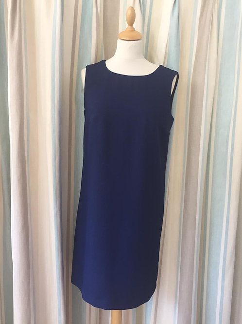 Tinta - Sleeveless dress.