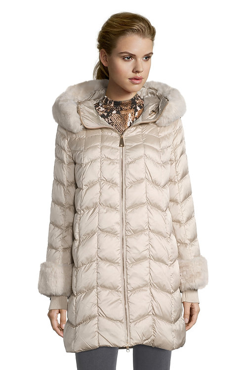 Betty Barclay - Padded champagne coat with fur trim