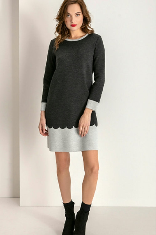 Maria Bellentani - charcoal grey knitted dress with contrast hem