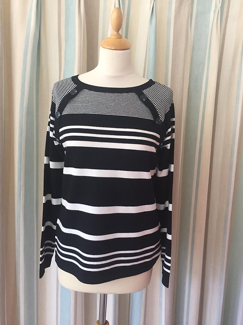 Betty Barclay - Knitted jumper in black with white stripes