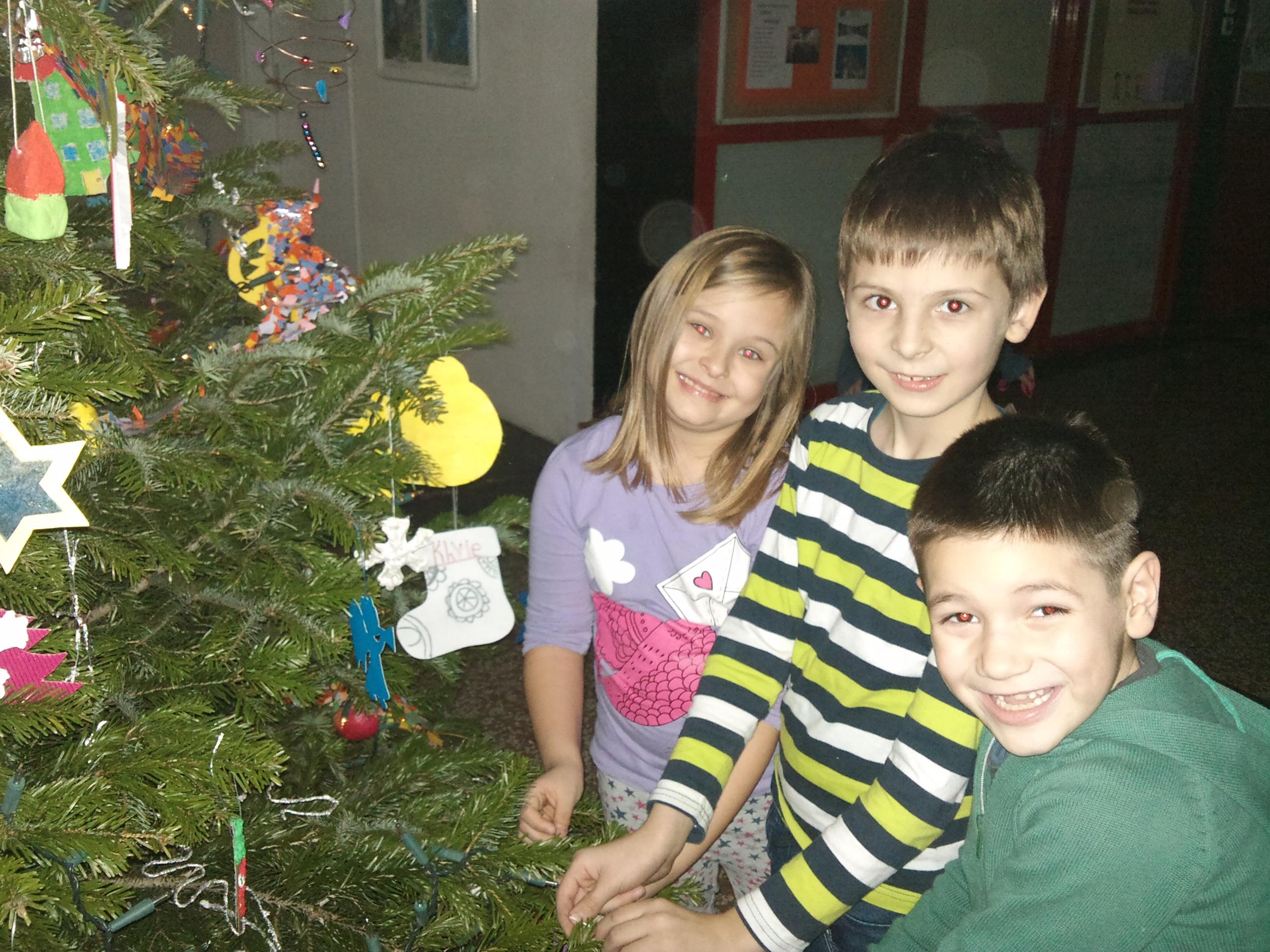 Naše internacionalno božićno drvce