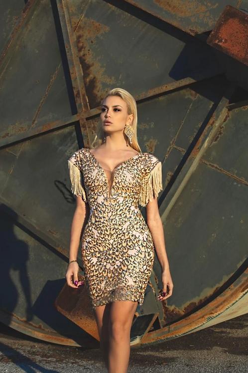 Χρυσό φόρεμα κεντημένο με παγιέτα