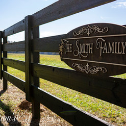 Smith Family SIgn on Fence.jpg
