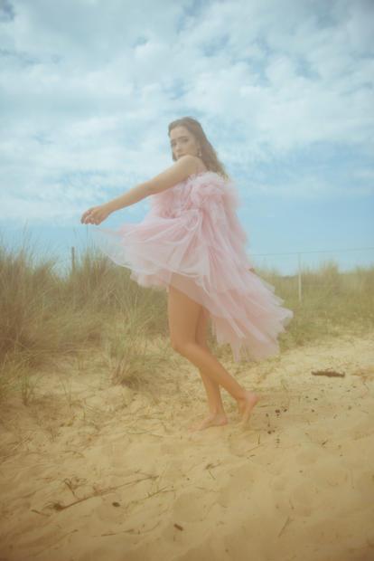 becci_fashion_beach_aug_2020_kerry_curl_