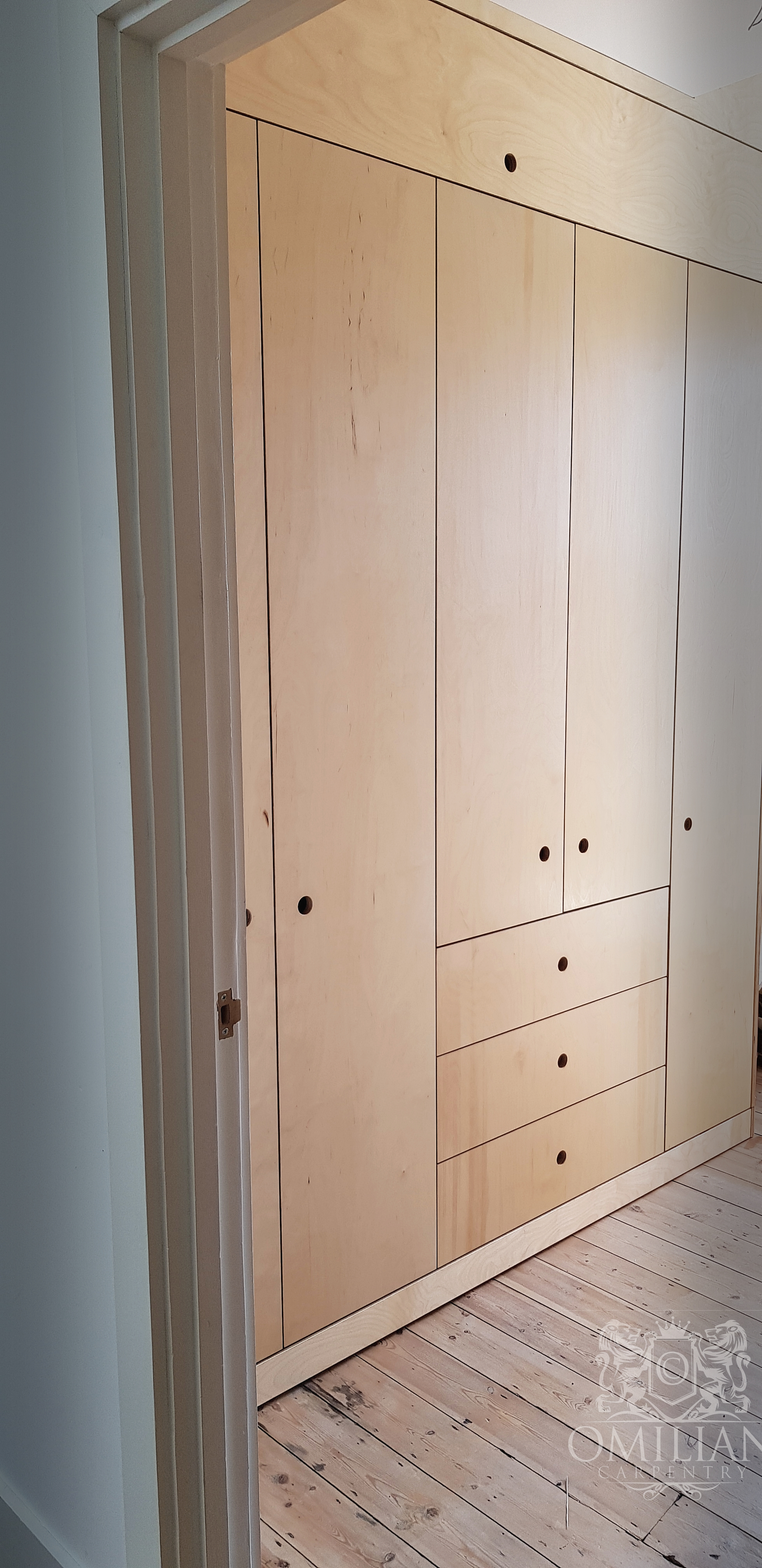 Plywood made to measure wardrobe