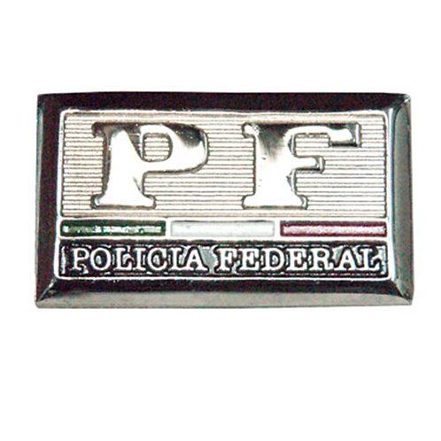 Pisa cuellos Policia Federal