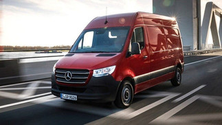 Sprinter Red Street Background.jpg