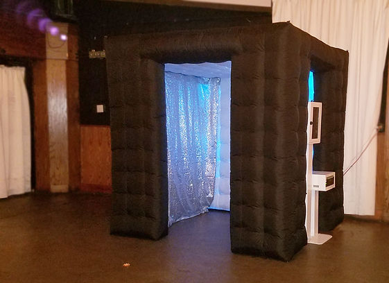 inflatable-booth.jpg