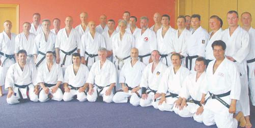 2005 euro18 arbitre av sel.jpg