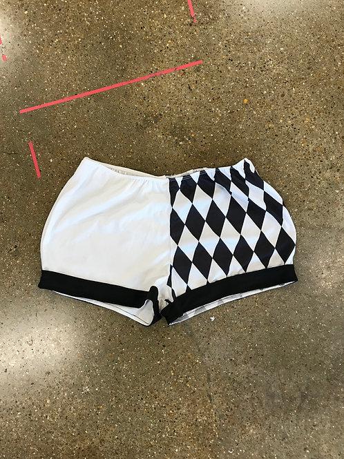 Black & white shorts (S/M)