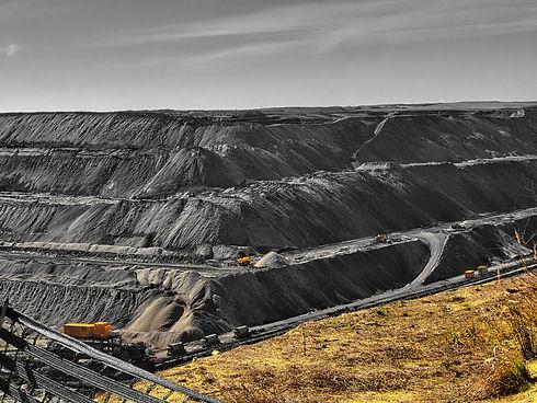 open-pit-mining-5038774_1920.jpg