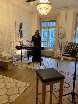 Gesangsunterricht Rooted Singing Joana Roots Vocal Art Coaching Bern