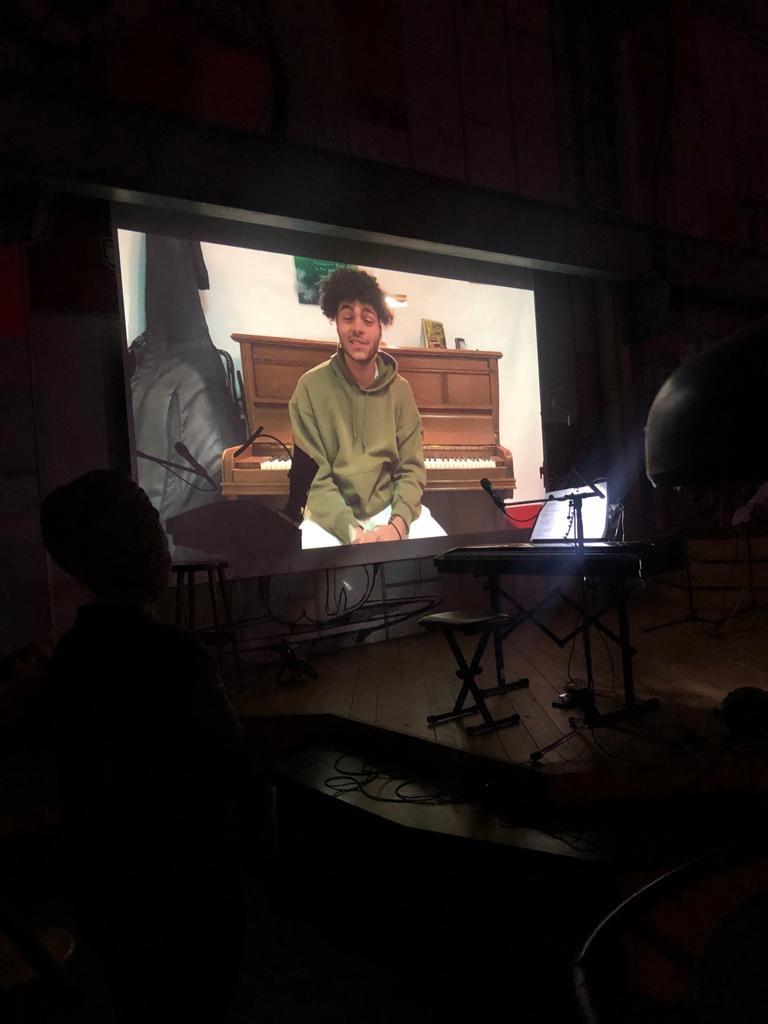 Schülerpräsentation Omri Bakare Johnson