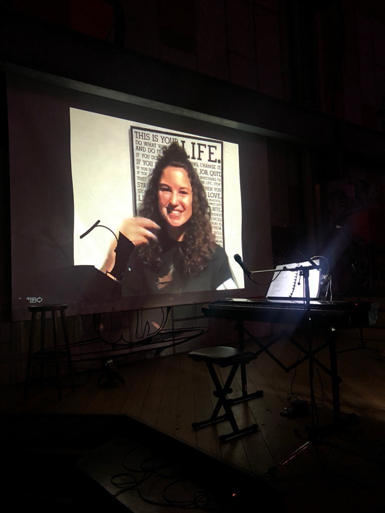 Schülerpräsentation Jesina Amweg aka Lotte aus Spotlight