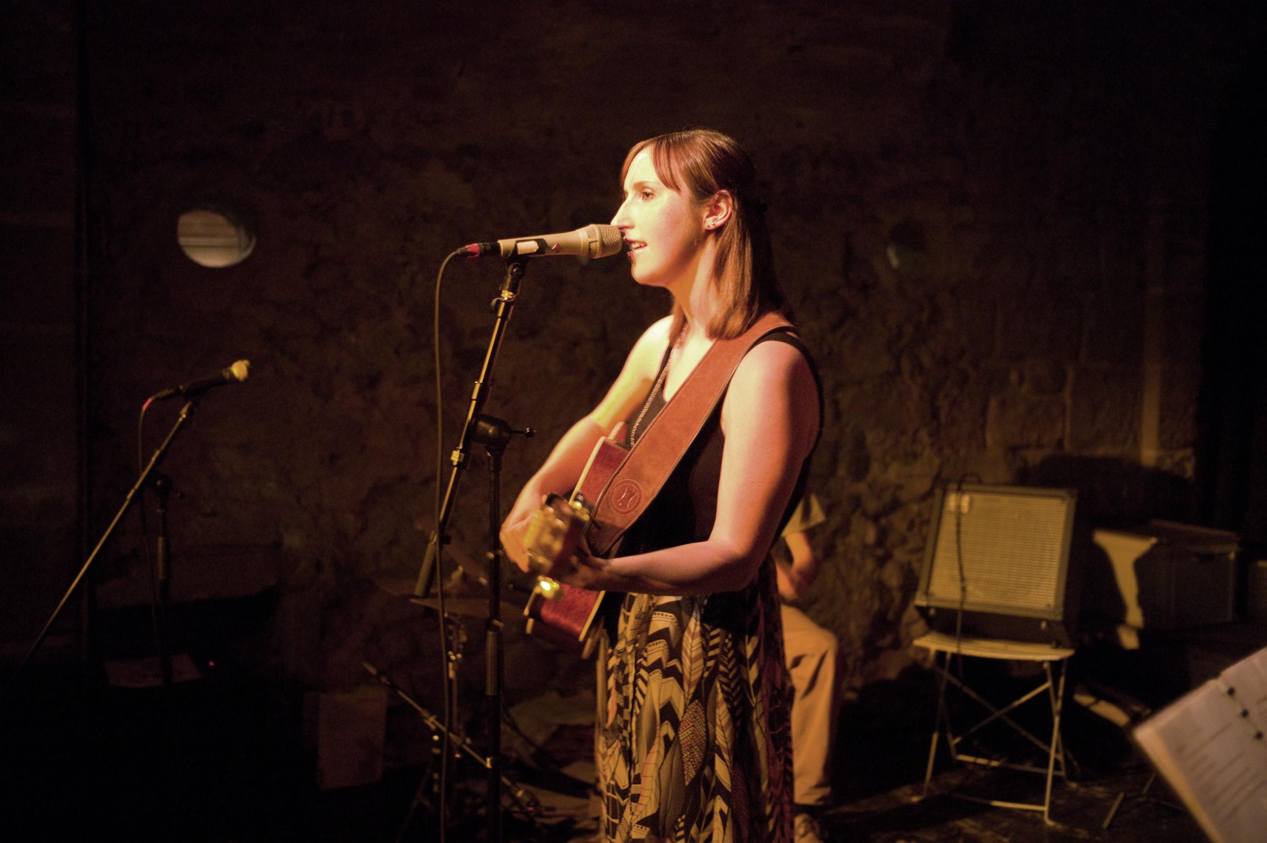 Vocal_Art_Jahreskonzert_2015_Schülerin_Anina.jpg