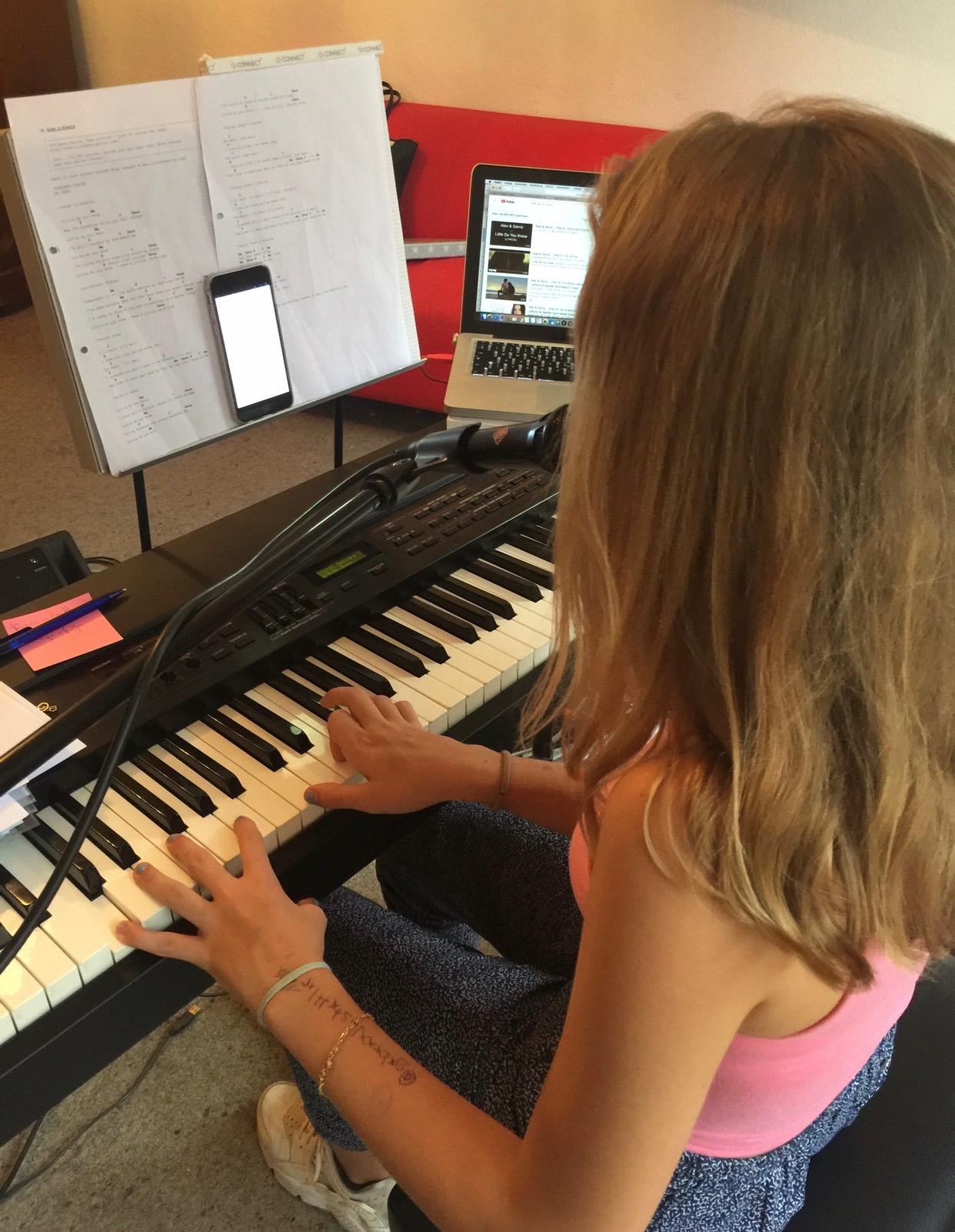 Gesangsunterricht_für_Kinder_und_Jugen
