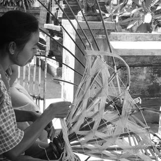 Ethisource-Home-Garden-Paradise weaving.