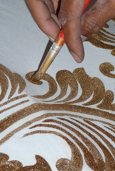 Artisan-Painting-umbrella-4.JPG