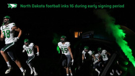 Nick Kupfer signs with UND