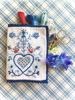 Blue Robin's Nest Stitchbook