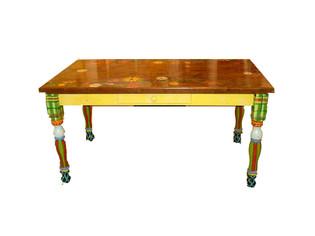 summergarden table.jpg