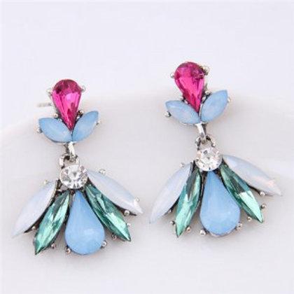 resin-gem-combined-elegant-floral-pattern-fashion-stud-earrings-green