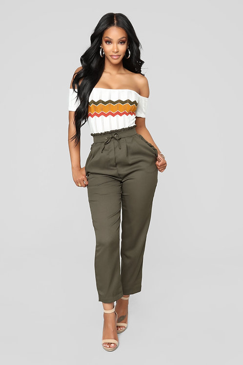 FASHION NOVA - Head In The Clouds Ruffle Pants - Olive