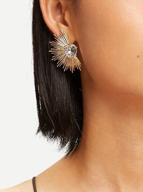 Fan Shaped Stud Earrings 1pair